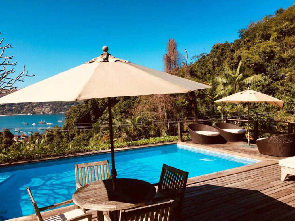 airbnb Ampla e Bela Casa com Piscina em Angra dos Reis