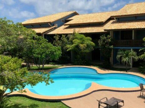 piscina do airbnb apartamento duplex em imbassai