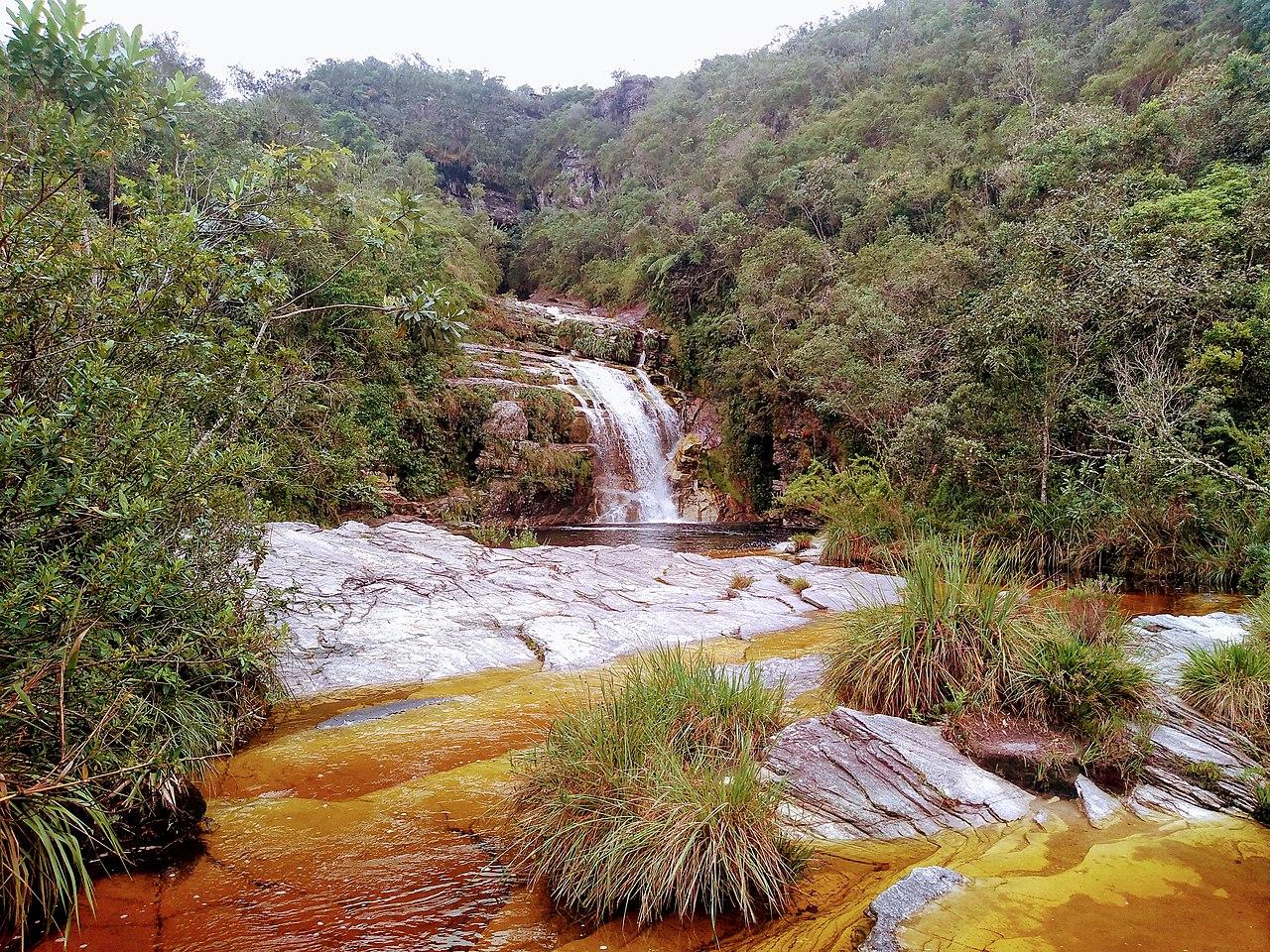 Cachoeira no Parque Estadual do Ibitipoca / Post Airbnb em Ibitipoca