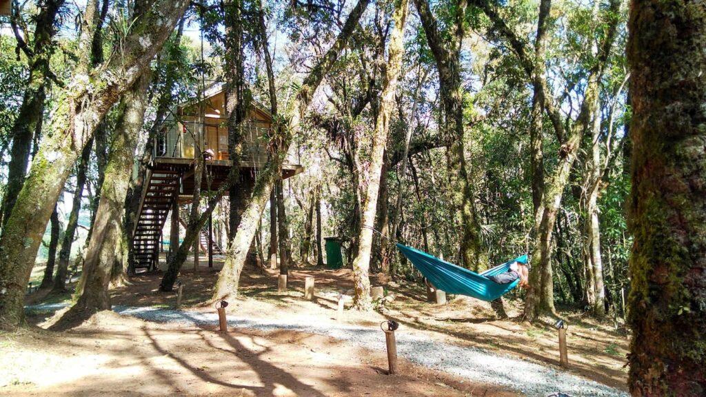 Cabana nas Árvores em Campos