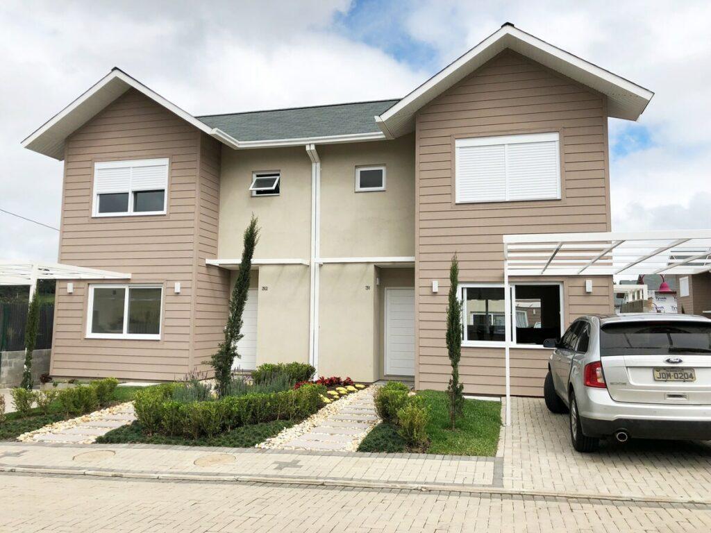 Casa Nova no Condomínio Fechado em Canela