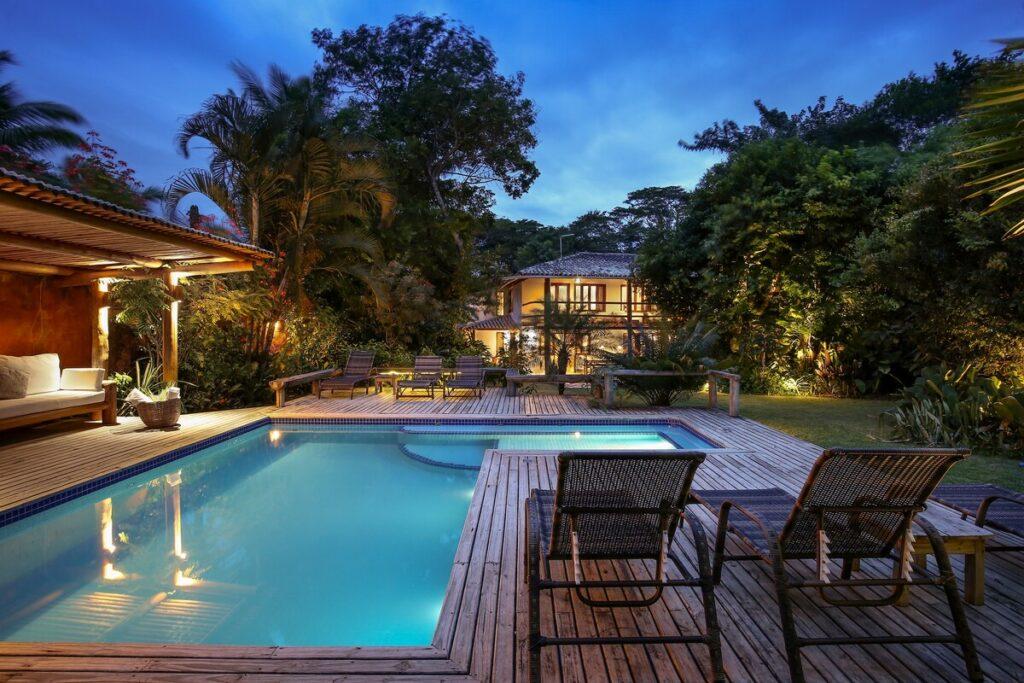Casa Tranquila com Belo Jardim