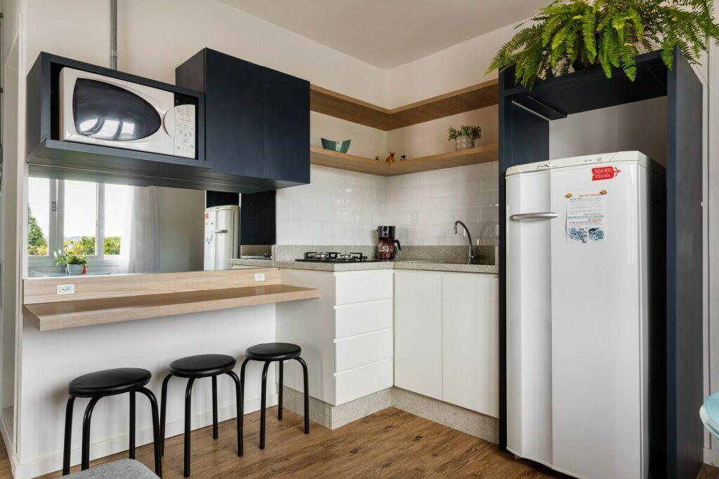 cozinha do airbnb Lindo Apartamento a Poucos Passos do Mar em jurere internacional