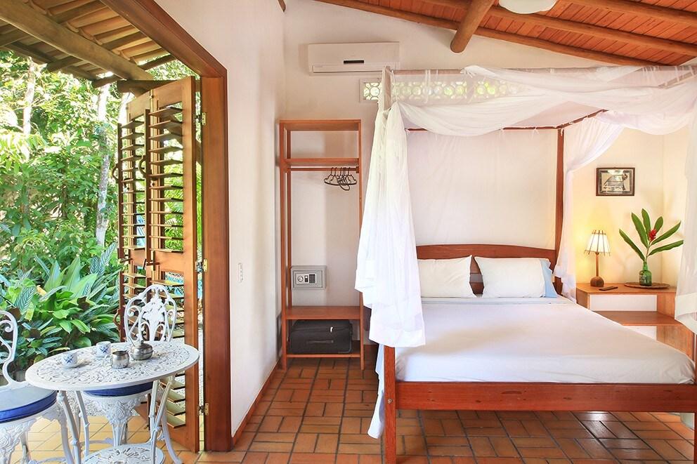 quarto do airbnb Casa Bijou Chalé em trancoso