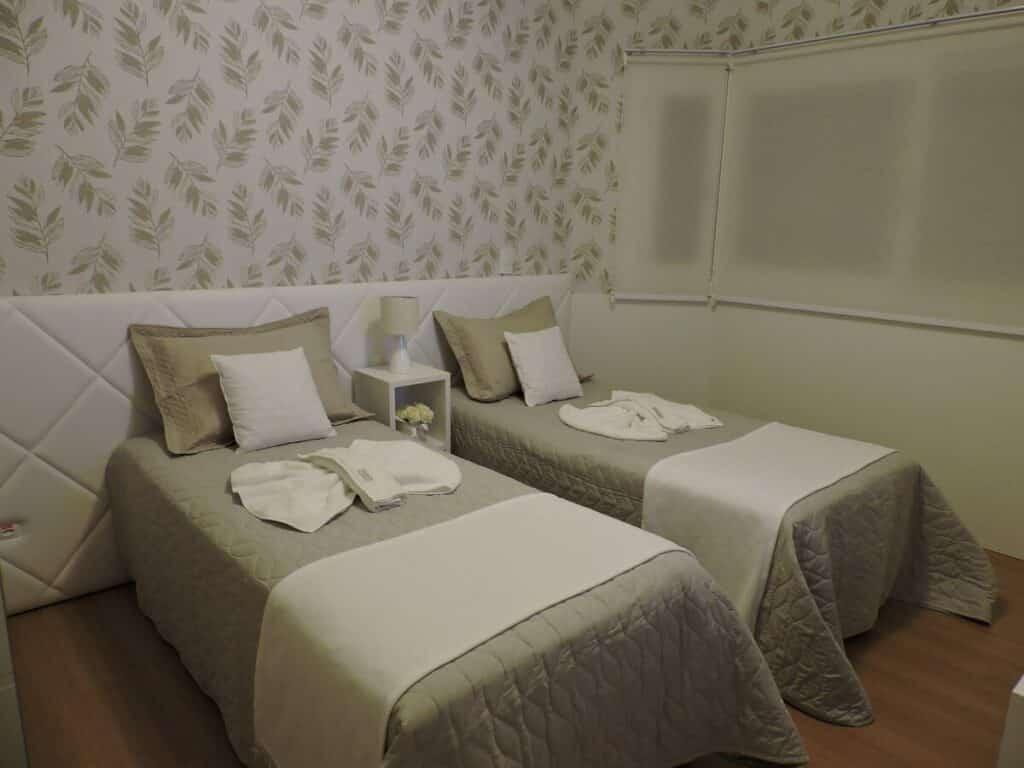quarto do airbnb Condomínio no Centro de Gramado