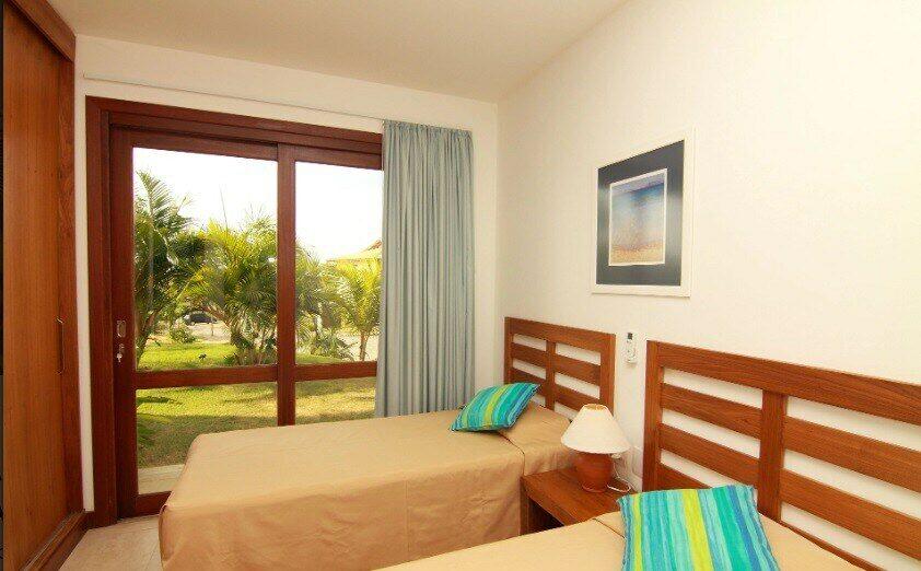 quarto do airbnb Condomínio Reserva Imbassaí
