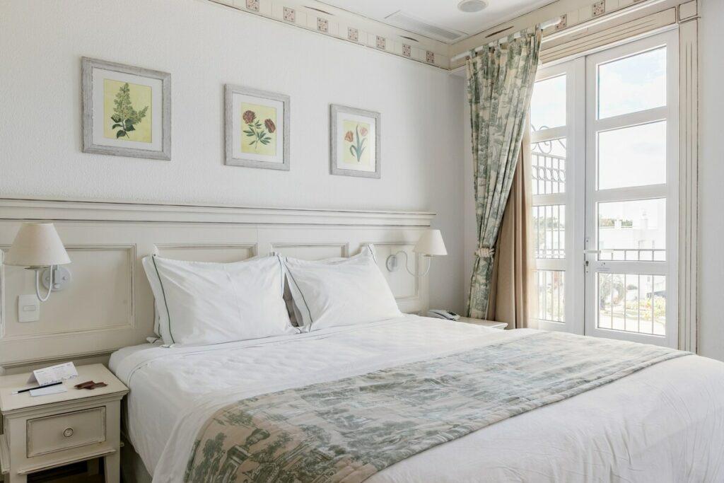 quarto do airbnb Incrível Studio com Varanda Grande em Jurerê Internacional