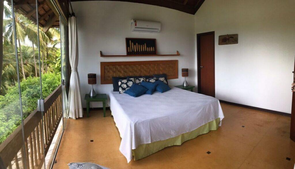 suíte do airbnb Casa Beija Flor em Villas de São José em Itacaré