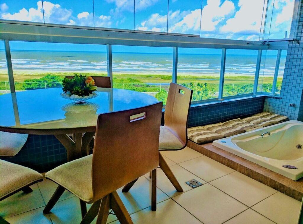 airbnb Lindo Apartamento com Vista para o Mar na Orla de Atalaia em aracaju