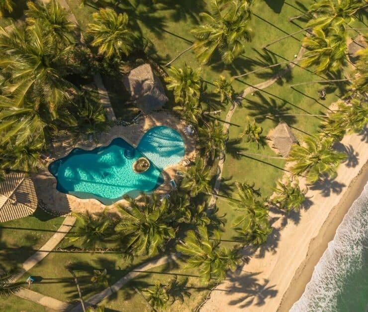 vista aérea da Pousada Xalés de Macaraípe