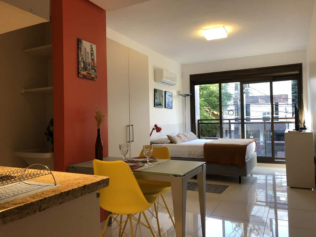 Apartamento Perfeito Casemiro, 199 para aluguel de temporada em Porto Alegre