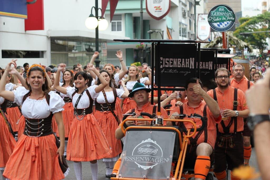 Desfile da festa de Oktoberfest em 2011
