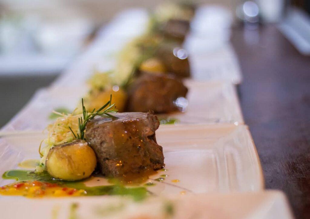Prato do Bistrô D'Oliveira, uma das dicas de restaurantes para lua de mel na Bahia
