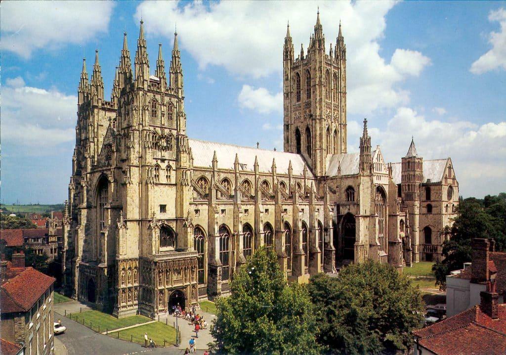 catedral de canterbury nos pontos turísticos da inglaterra