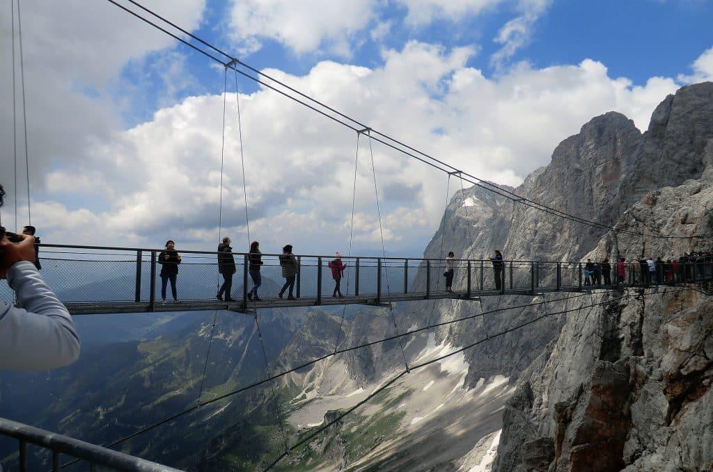 Dachstein Hängebrücke nos pontos turisticos na autria