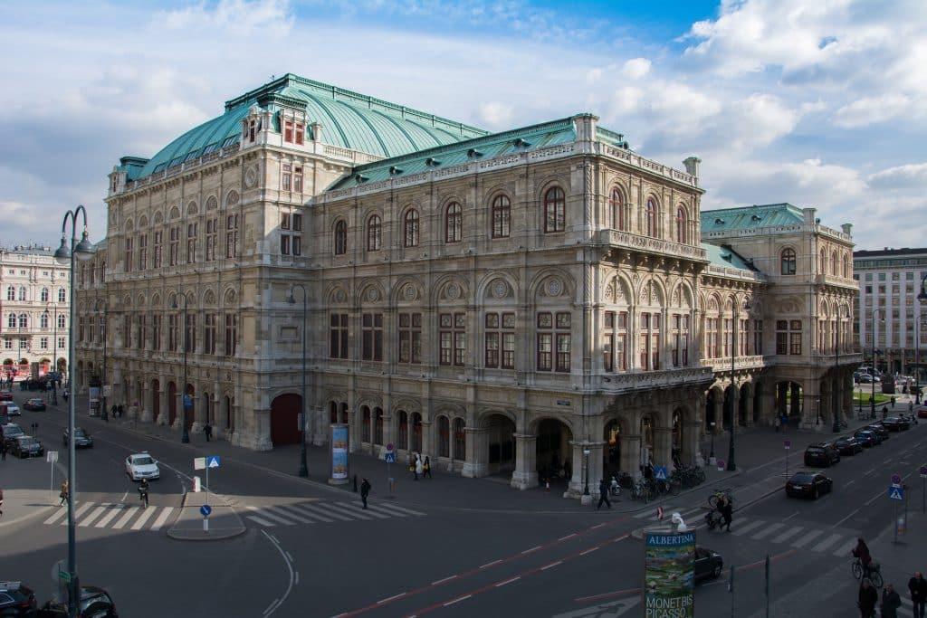 opera de viena nos pontos turisticos daa austria