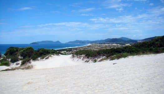 Pousadas na Praia da Joaquina – 11 Locais Super Próximos