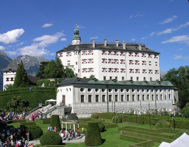 Schloss Ambras nos pontos turisticos da austria