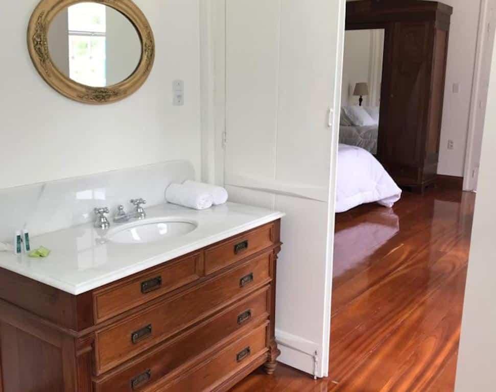 banheiro da Charqueada Santa Rita Pousada de Charme para casal no rio grande do sul