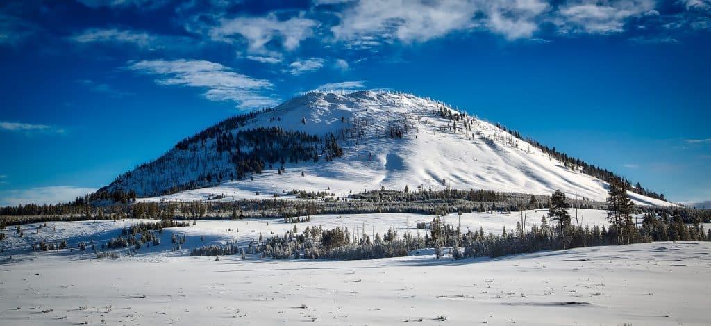 Bunsen Peak no Parque Yellowstone