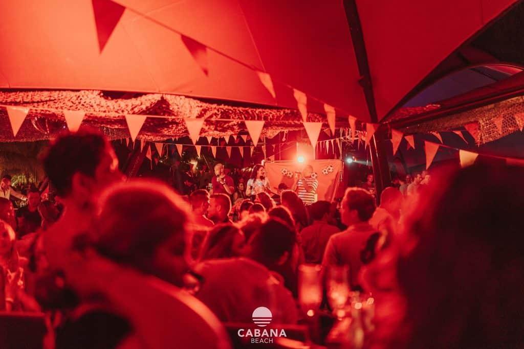 Festa no Cabana Beach