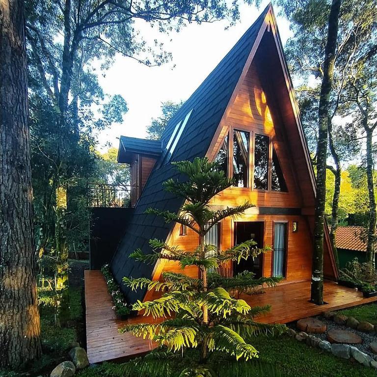 Cabana dos Pinheiros em Gramado na rota romantica rs