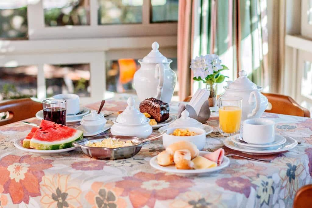 café da manhã da Pousada Casa Rosa
