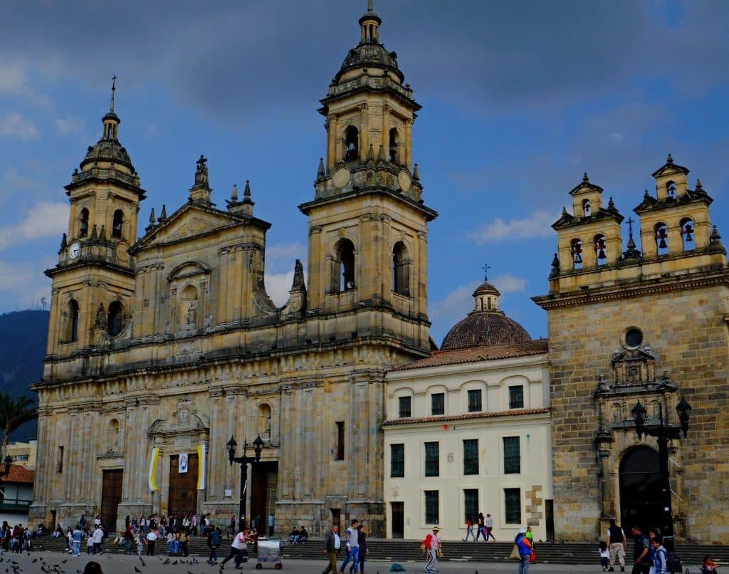 Catedral Principal dos pontos turisticos em Bogot