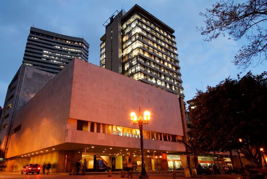 pontos turisticos em bogota com o museu do ouro