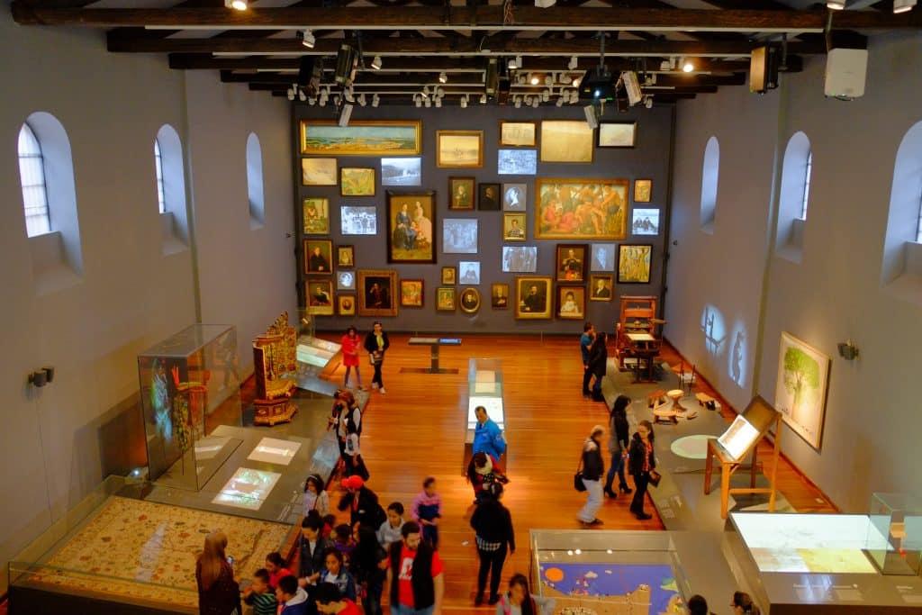 sala de visitação no museu nacional da colômbia