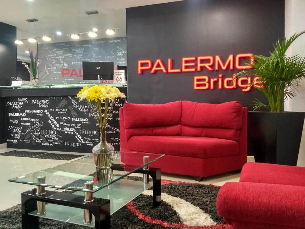 Palermo Bridge nos hoteis baratos em buenos aires