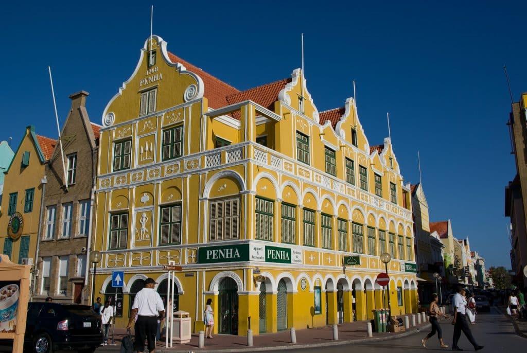 Loja de departamento Penha, em Willemstad