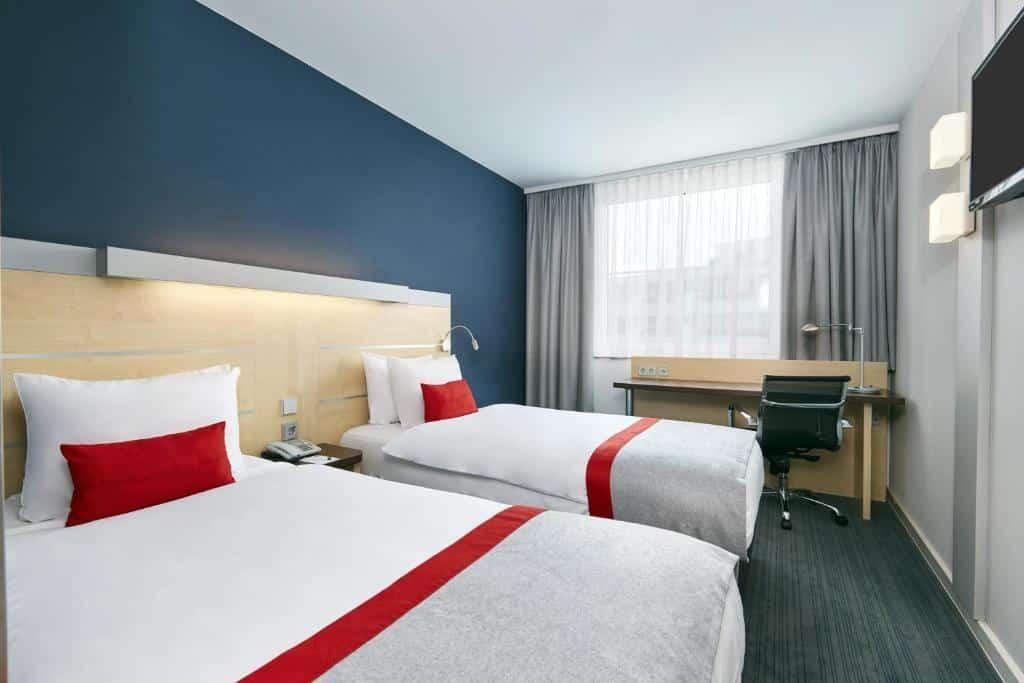 quarto do Holiday Inn Express Berlin City Centre, an IHG Hotel