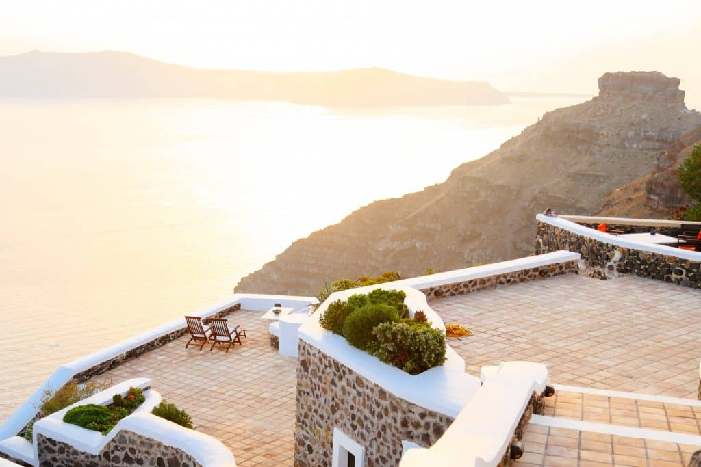 Parte de Santorini e do mar da Grécia
