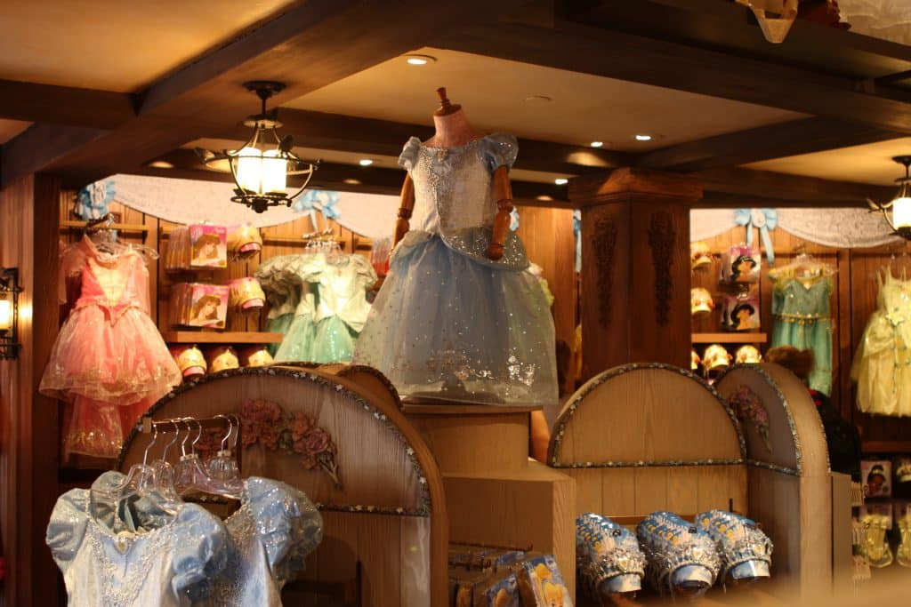 bibbidi bobbidi boutique no magic kingdom