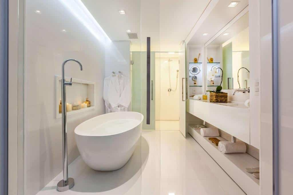 banheira do Best Western Premier Arpoador Fashion Hotel