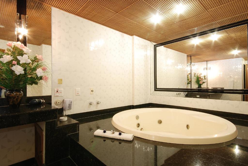 banheira de hidromassagem do Américas Benidorm Hotel