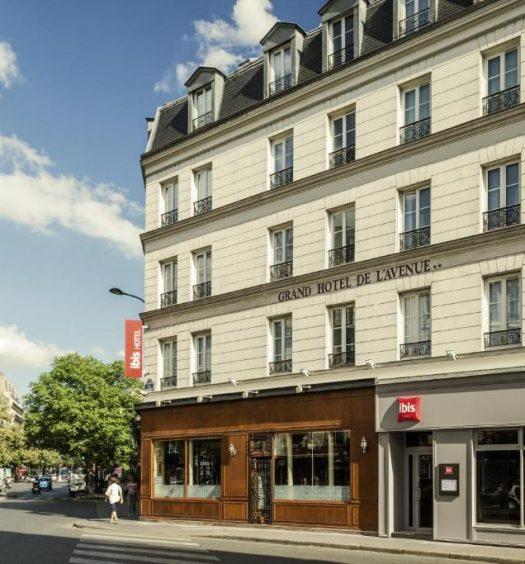 Um dos melhores hotéis ibis em Paris, na Avenue de la Republique