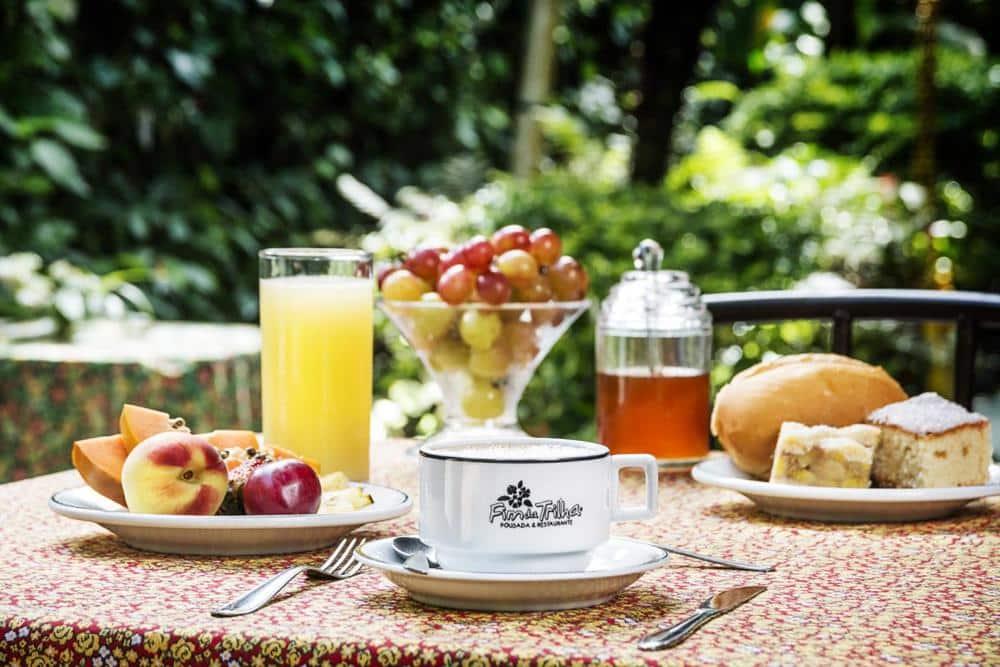 Pousada e Restaurante Fim da Trilha na ilha do mel