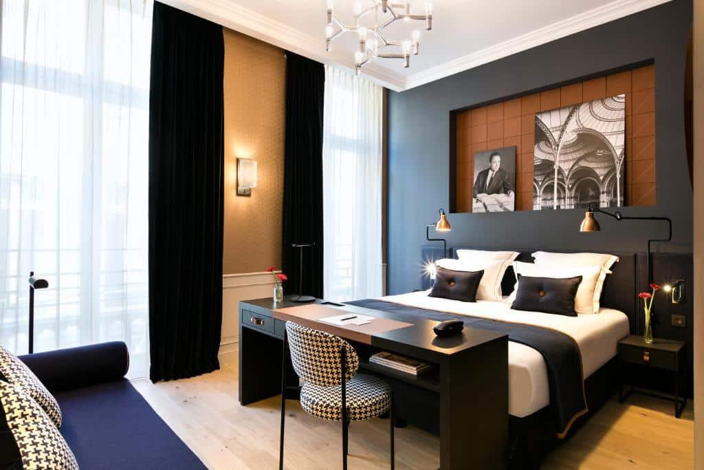 Um dos hotéis com piscina em Paris