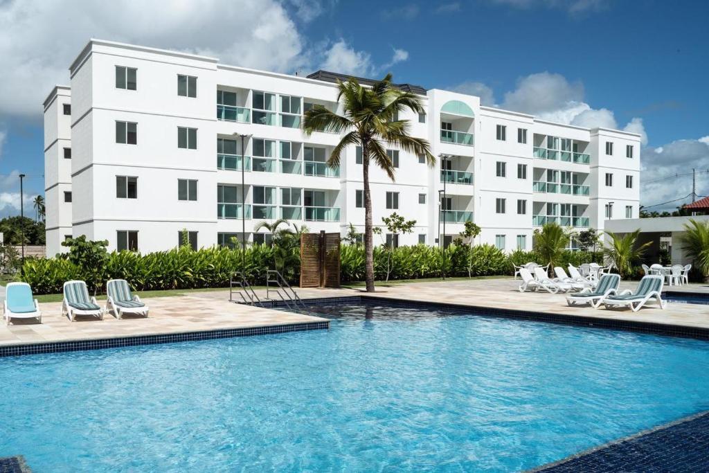 Palm Acqua Resort