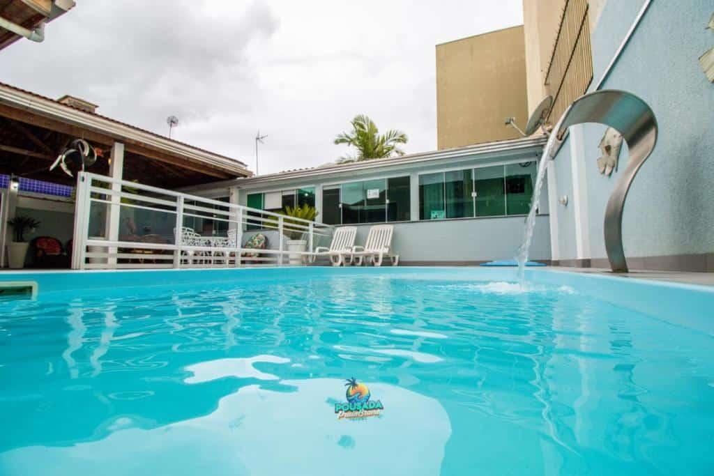 piscina da Pousada Praia Brava perto de Curitiba