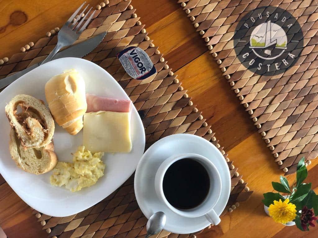 café da manhã da Pousada Costera em João Pessoa