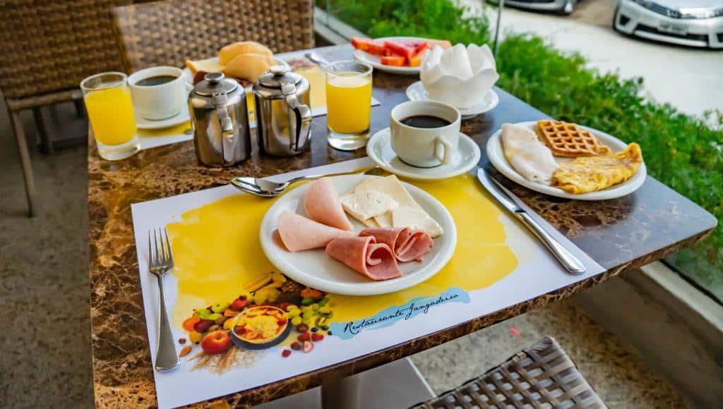café da manhã do Hotel Beira Mar em Fortaleza