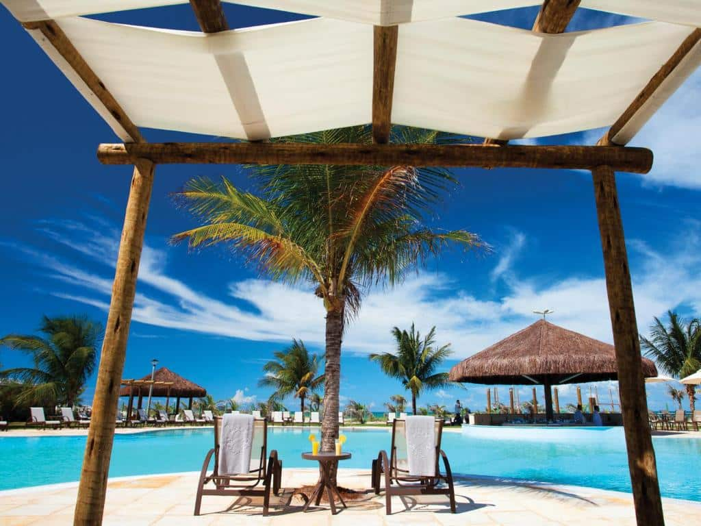piscina do resort Dom Pedro Laguna em Fortaleza