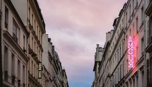 Hotéis românticos em Paris – 12 locais de charme p/ reservar