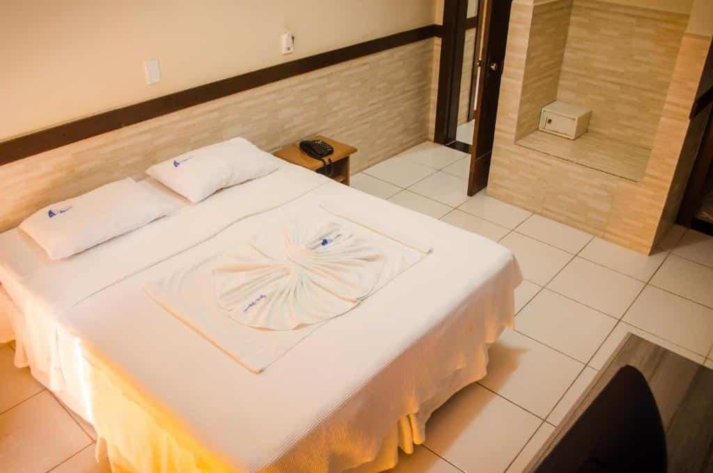 quarto do Hotel Porto das Ancoras
