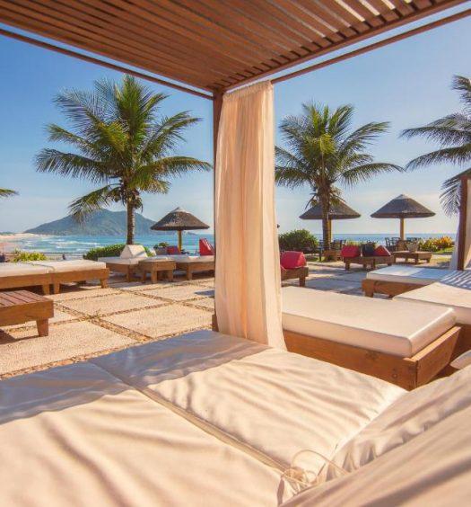 vista da praia em Costão do Santinho Resort