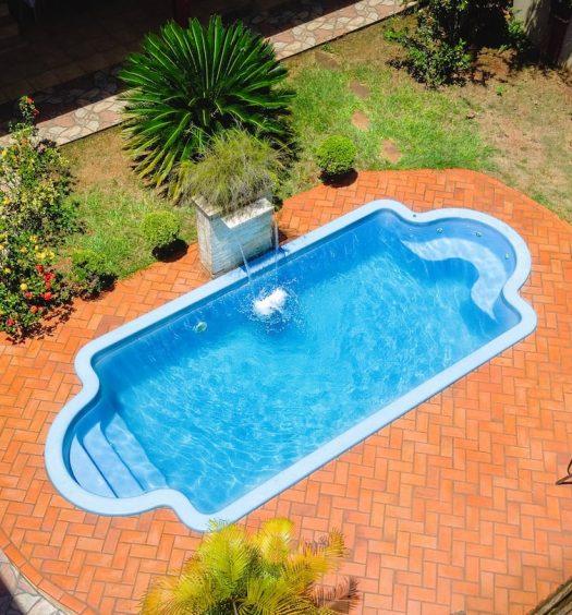 piscina do Airbnb Suíte Privativa com Jacuzzi
